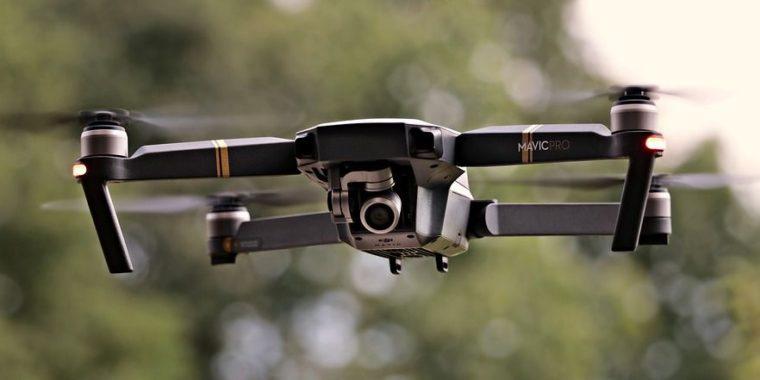le drone pour une inspection de sa toiture